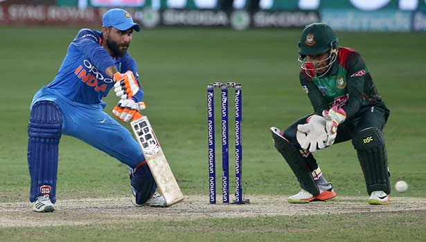 201809290145396615_INDvBAN-india-lifts-asia-cup-7th-time_SECVPF