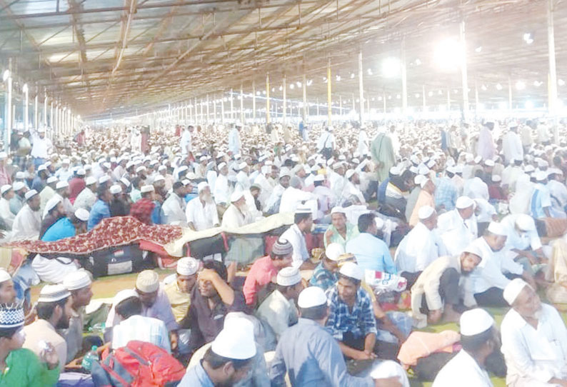 201901270115039178_Millions-of-Muslims-took-part-in-the-convention-of-Trichy_SECVPF